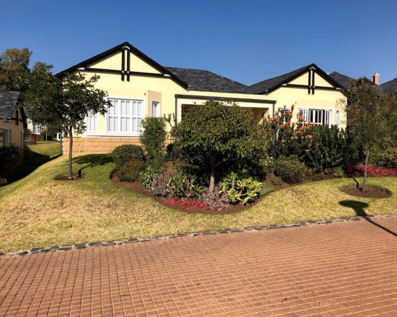 Residential Estate in Waterfall Hills Mature Estate | Gated